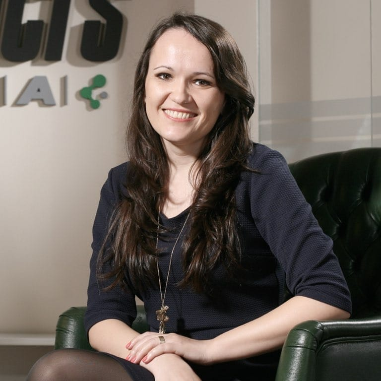 Dr Nicoleta Paunescu